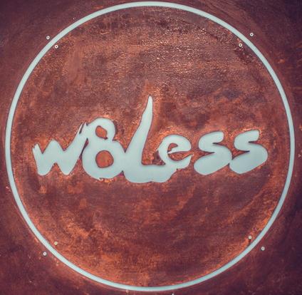 w8less